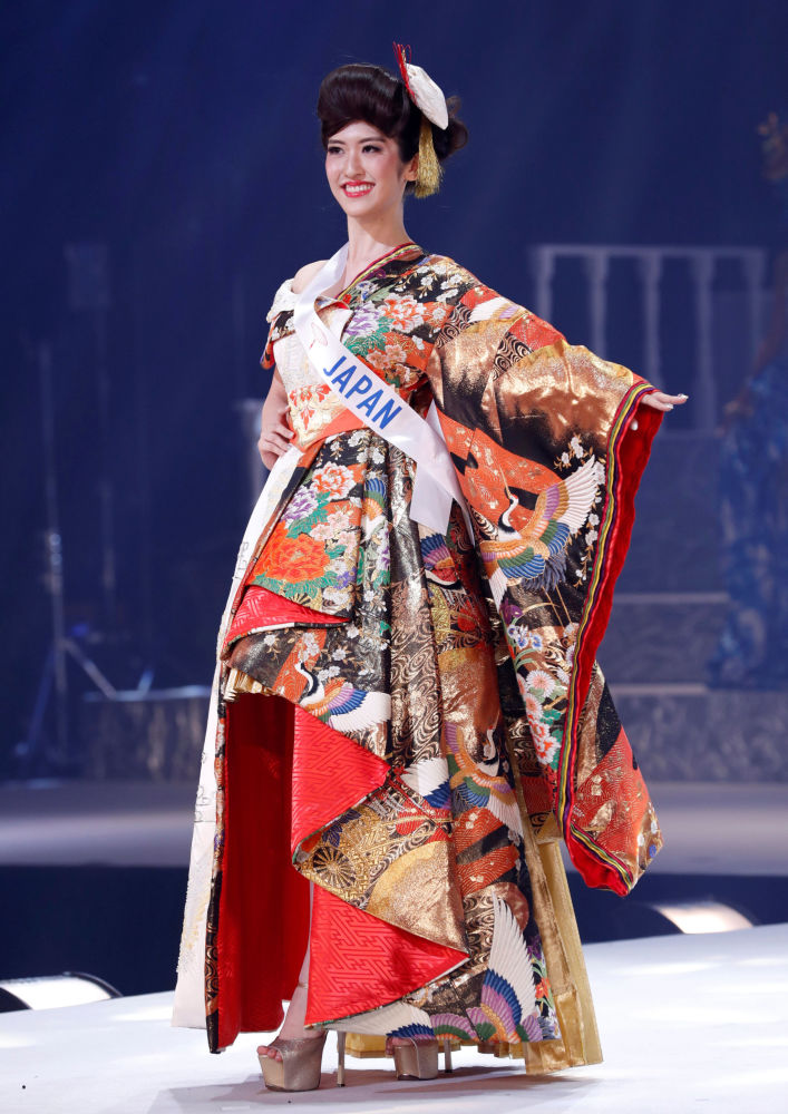 "Japonka Hinano Sugimoto na konkursie piękności ""Miss International – 2018"" w Tokio, Japonia"