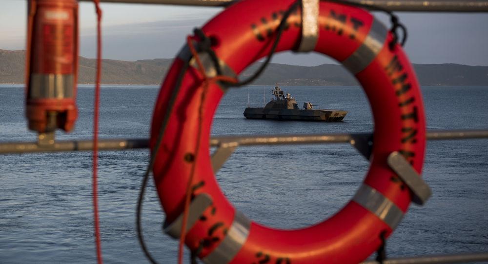 Okręt wojenny Motor Topedo KNM Skudd podczas corocznych ćwiczeń NATO Trident Juncture 2018