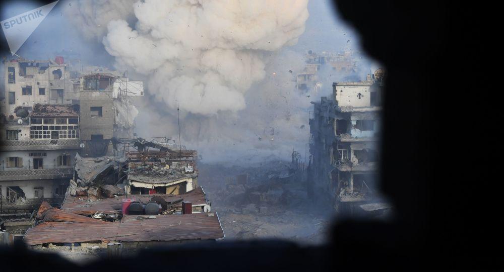 Szturm na pozycje terrorystów z PI w rejonie byłego obozu dla palestyńskich uchodźców Jarmuk na południowych przedmieściach Damaszku