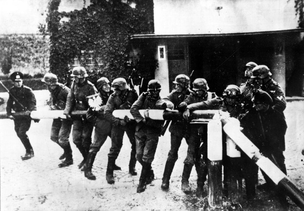 Niemieccy żołnierze na polsko-niemieckiej granicy