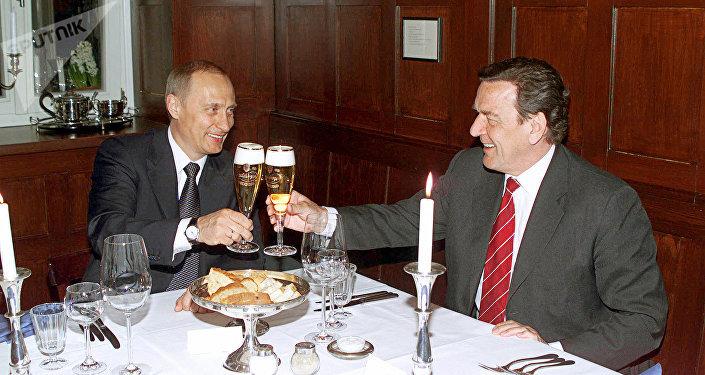 Władimir Putin i Gerhard Schroeder