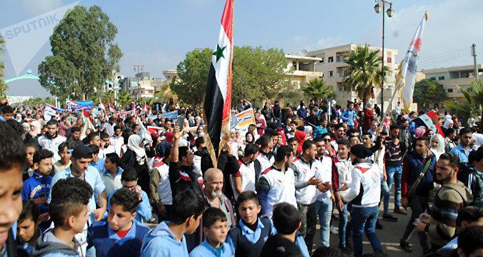 Syryjczycy świętują wyzwolenie od terrorystów