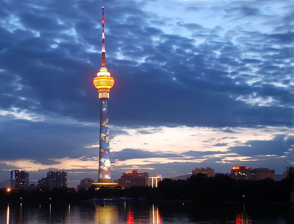Wieża telewizyjna w Pekinie