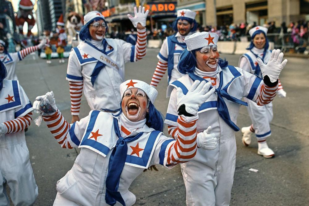 Wielka parada z okazji Dnia Dziękczynienia w Nowym Jorku