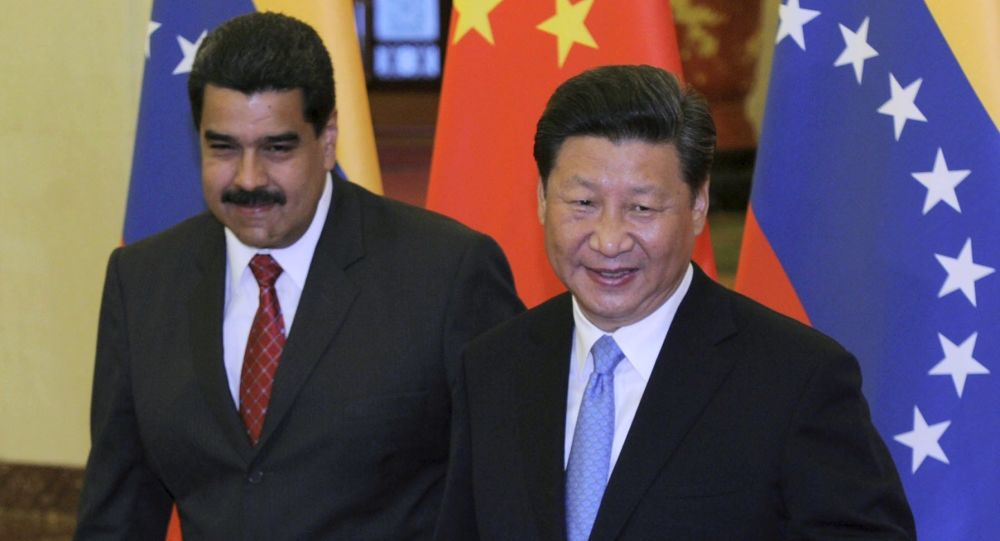 Prezydent Wenezueli Nicolas Maduro i przedstawiciel ChRL Xi Jinping