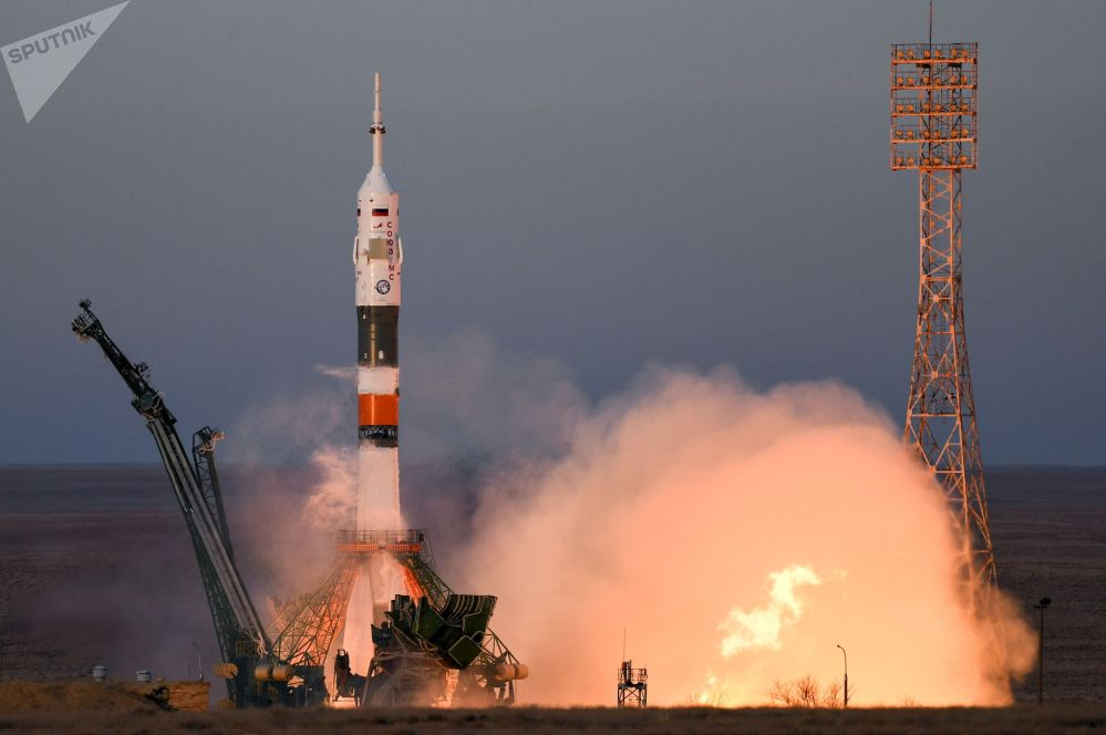"""Start rakiety nośnej Sojuz-FG z załogowym statkiem kosmicznym Sojuz MS-11 z kompleksu startowego nr 1 """"Gagarińskij start kosmodromu Bajkonur"""