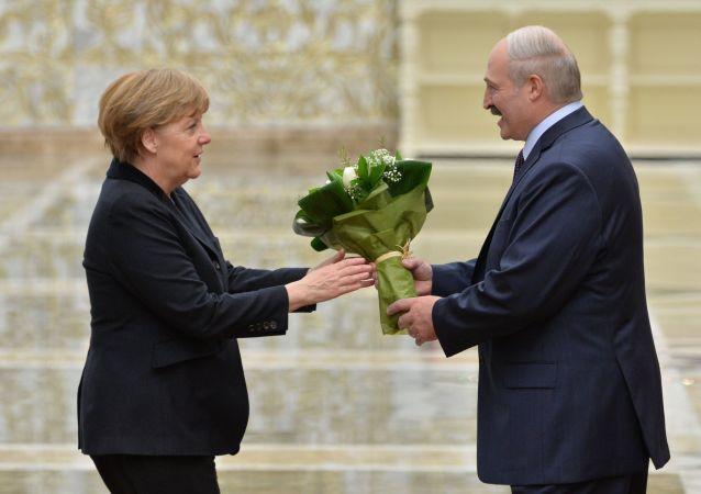 Kanclerz Niemiec Angela Merkel i prezydent Białorusi Alaksandr Łukaszenka w Mińsku