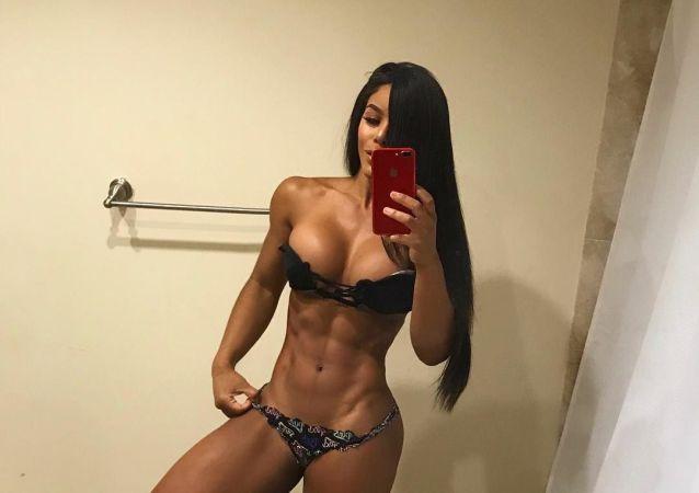 26-letnia modelka Yarishna Ayala z Puerto Rico