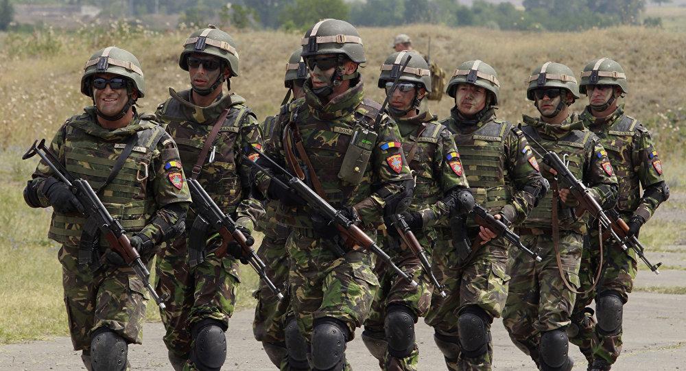 Rumuńscy żołnierze podczas manewrów NATO