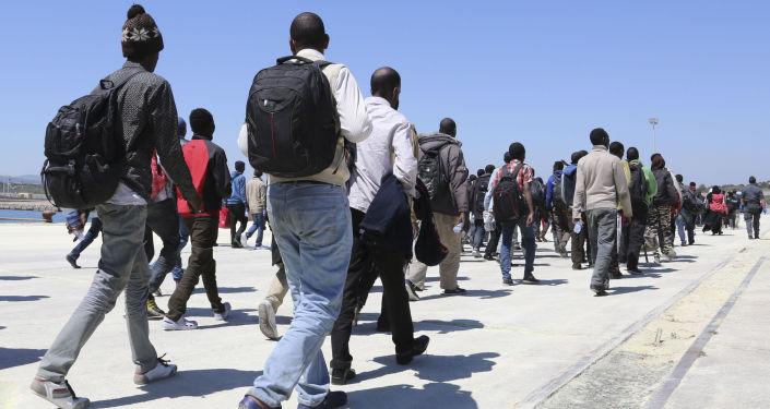 Ocaleni uchodźcy na Sycylii
