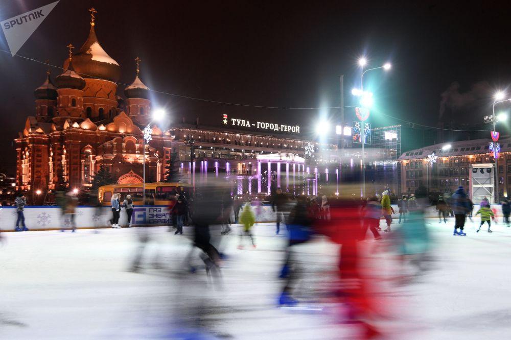 Lodowisko na Placu Lenina w Tule