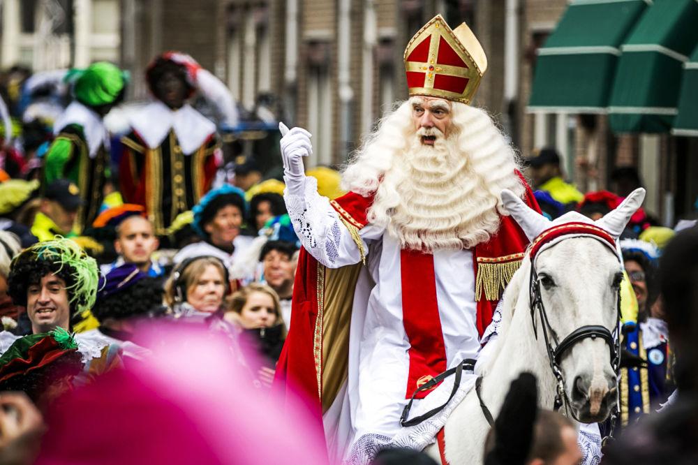Sinterklass, Święty Mikołaj w Belgii i Holandii