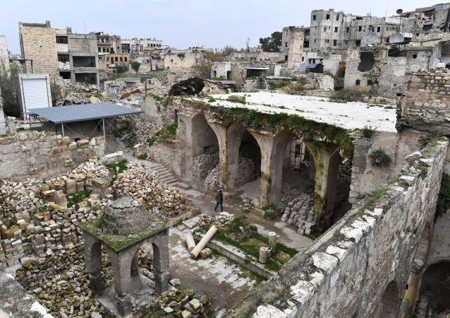 Zburzona synagoga w Aleppo
