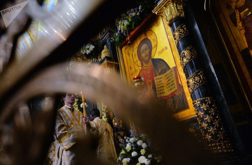 Msza Bożonarodzeniowa w Katedrze Świętej Trójcy w Jekaterynburgu