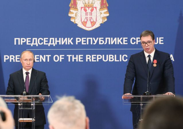 Prezydent Rosji Władimir Putin i prezydent Serbii Aleksander Vucić na wspólnej konferencji prasowej w Belgradzie