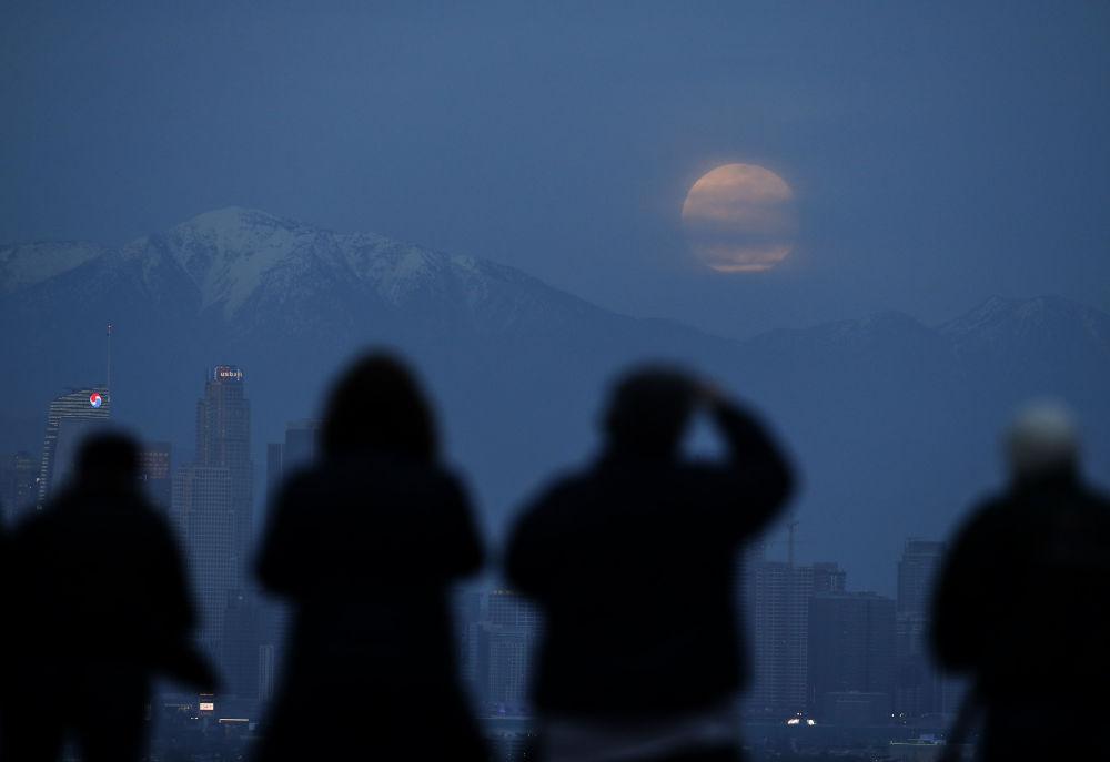 Zaćmienie Księżyca w Los Angeles