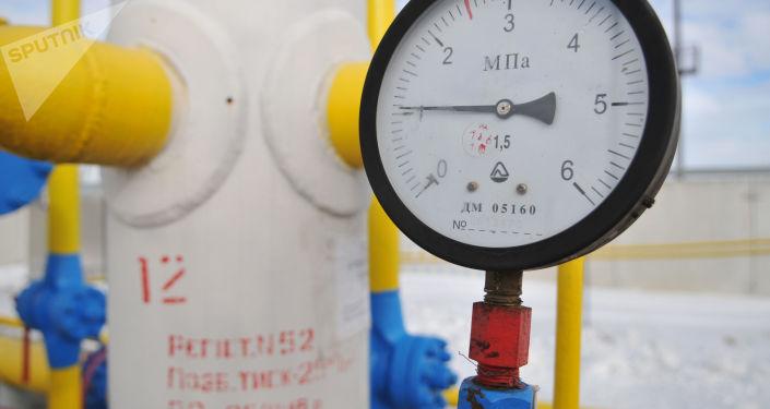 """Manometr na stacji przesyłu gazu """"Nieżuchiw"""" w obwodzie lwowskim"""