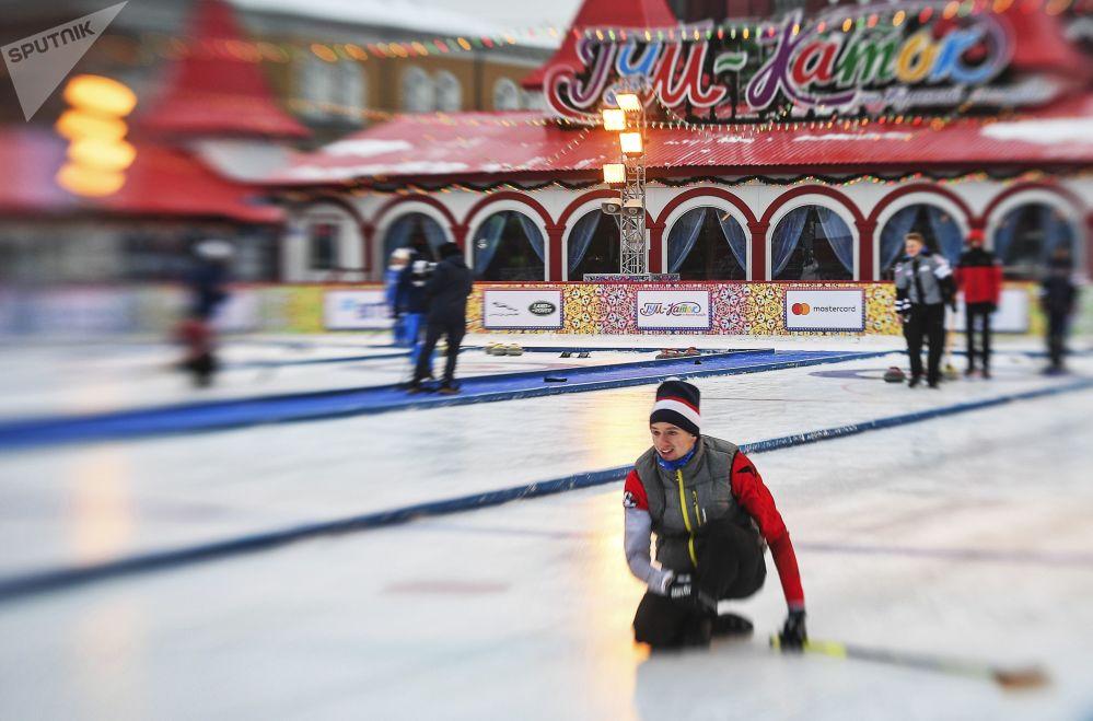 Międzynarodowy turniej curlingowy wśród męskich drużyn z serii World Curling Tour - Red Square Classic 2019