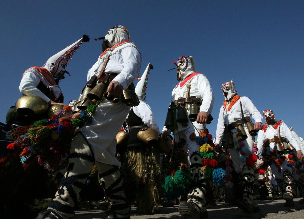 Święto Trifon Zarezan, obchodzone w Bułgarii 14 lutego