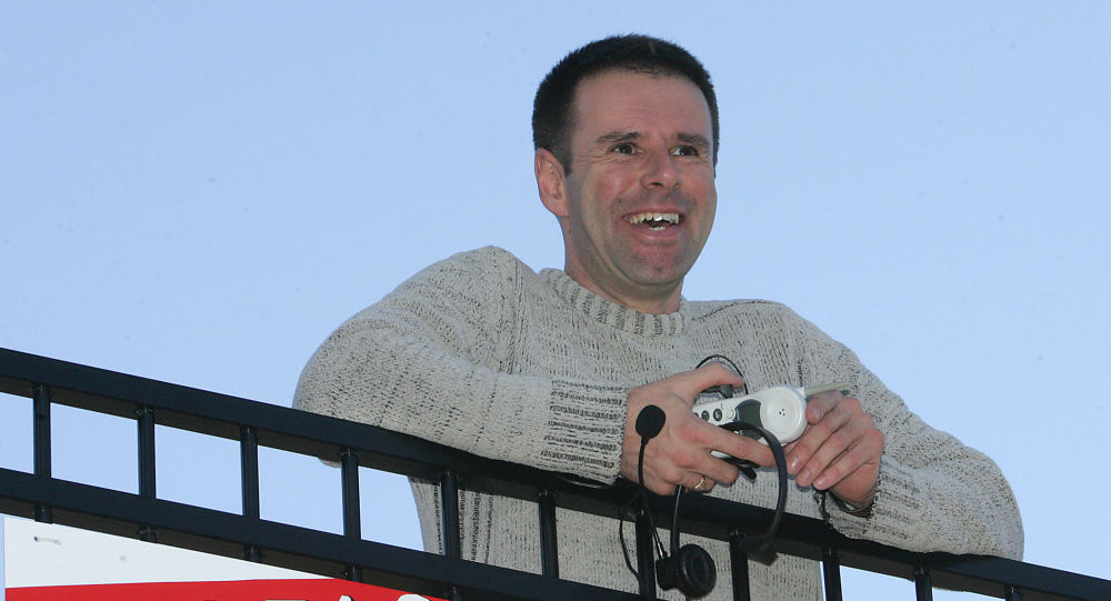 Australijczyk Ian Usher, który sprzedał swoje życie na eBay w 2008 roku