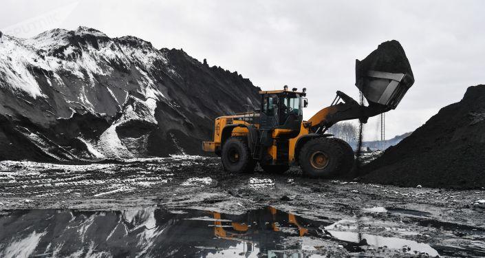 Wydobycie węgla na Syberii