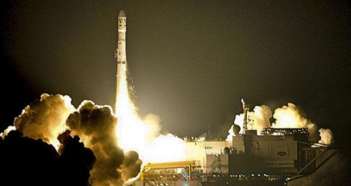 Start rakiety Zenit z platformy startowej w USA