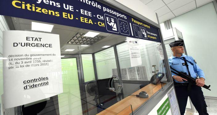 Kontrola paszportowa we Francji