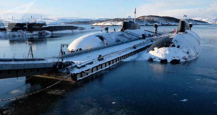 """Okręty podwodne projektu 971 """"Szczuka-B"""" w bazie w Gadżyjewie, obwód murmański"""