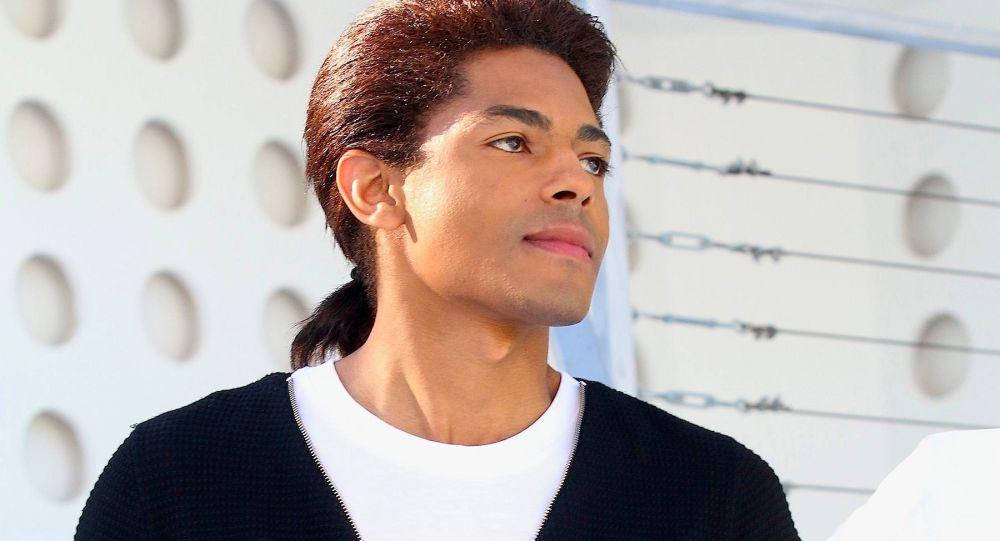 Syn Michaela Jacksona Brandon Howard