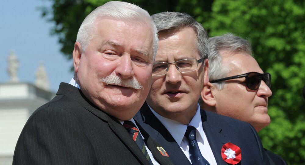 Byli prezydenci Polski Bronisław Komorowski, Lech Wałęsa, Aleksander Kwaśniewski