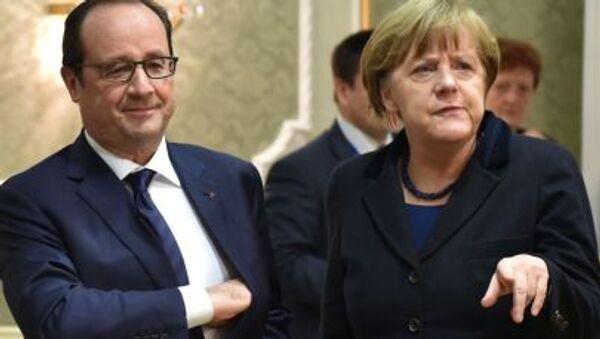 Prezydent Francji François Hollande i kanclerz Niemiec Angela Merkel na spotkaniu w Mińsku - Sputnik Polska