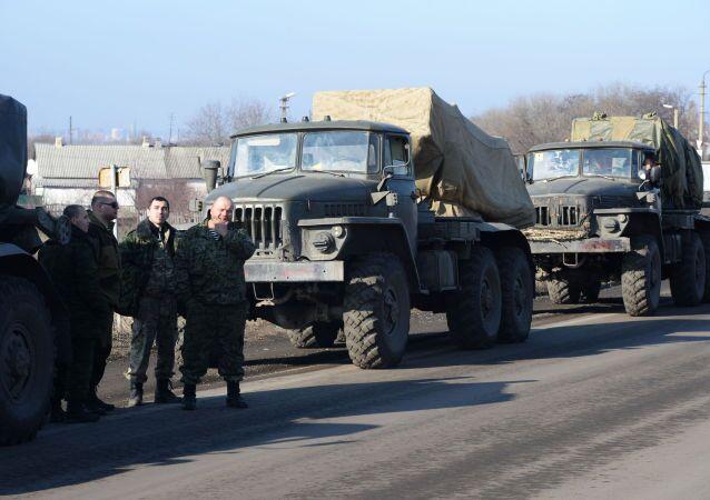 DRL wycofuje ciężkie uzbrojenie z linii frontu