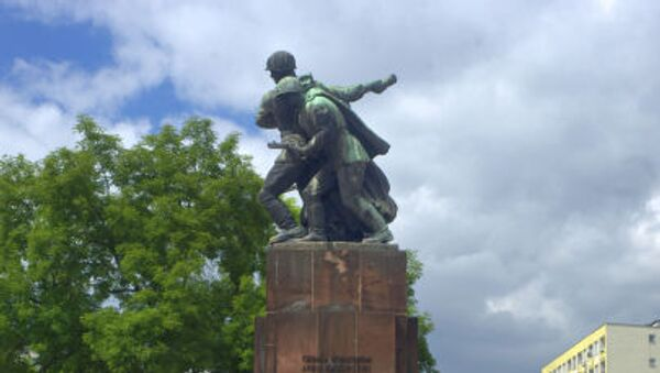 Pomnik Braterstwa Broni w Warszawie - Sputnik Polska