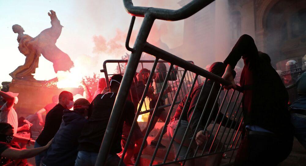 Protesty w stolicy Serbii Belgradzie