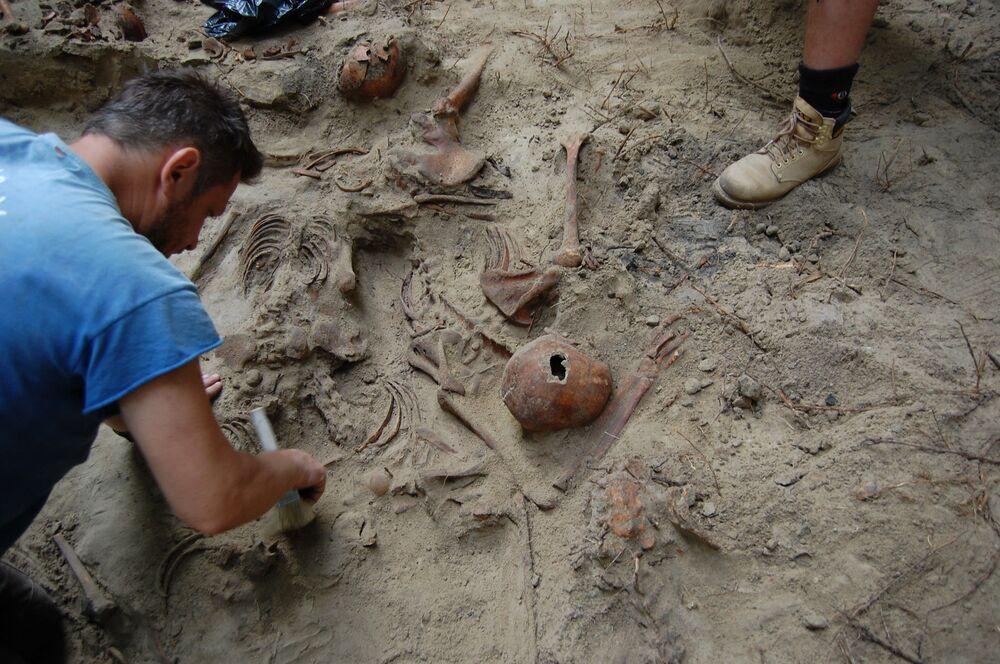 Ekshumacja szczątków ofiar rzezi wołyńskiej