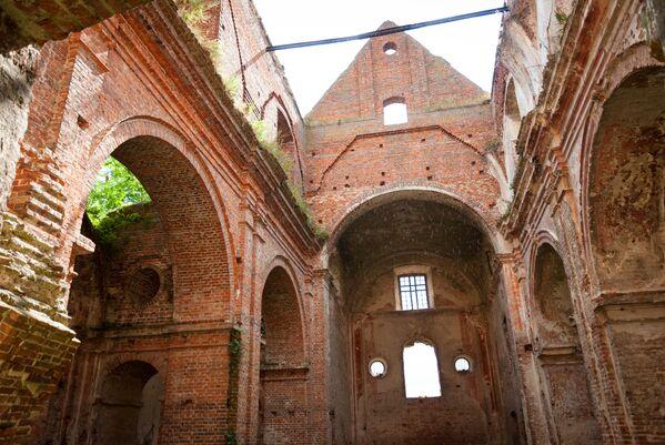 Kościół katolicki w Kiselinie, gdzie rzeź polskich wierzących miała miejsce w niedzielę 11 lipca 1943 roku - Sputnik Polska