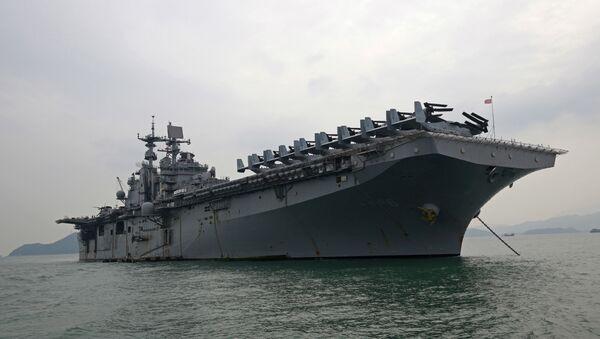 USS Bonhomme Richard - Sputnik Polska
