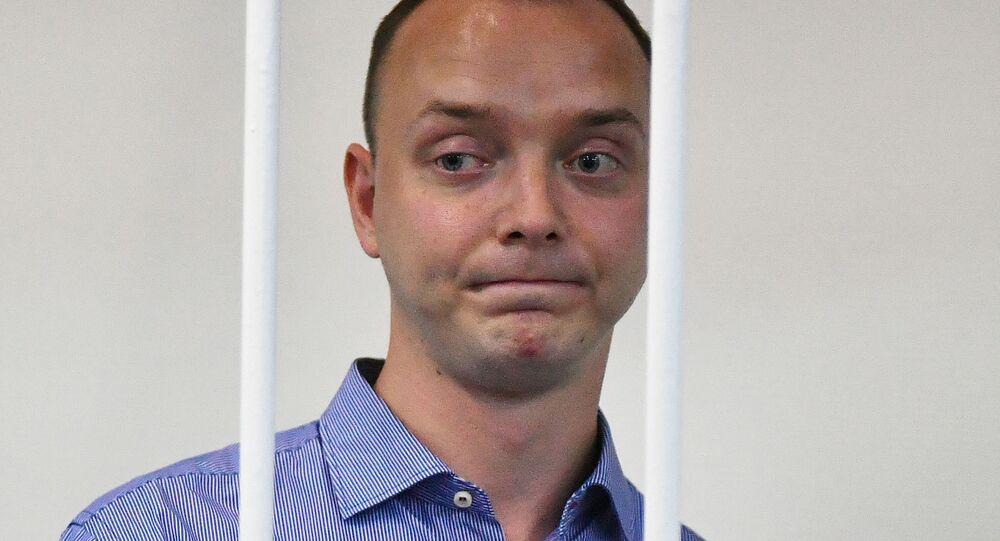 Doradca dyrektora generalnego państwowej korporacji Roskosmos i były dziennikarz Iwan Safronow w sądzie
