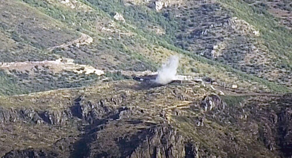 Dym z eksplozji w regionie Tovuz na granicy armeńsko-azerbejdżańskiej