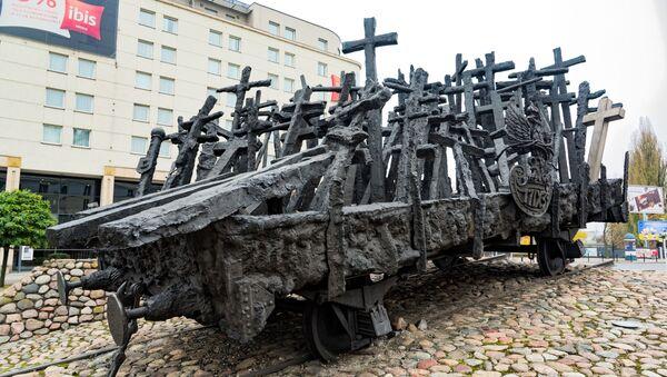 Pomnik Poległym i Pomordowanym na Wschodzie w Warszawie - Sputnik Polska
