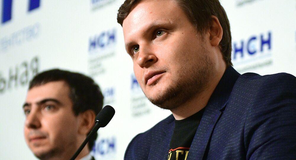 Pranksterzy Lexus (Aleksiej Stoliarow) i Vovan (Władimir Kuzniecow) na prezentacji swojej książki