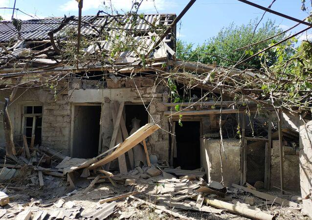 Skutki ostrzału na granicy azerbejdżańsko-ormiańskiej.