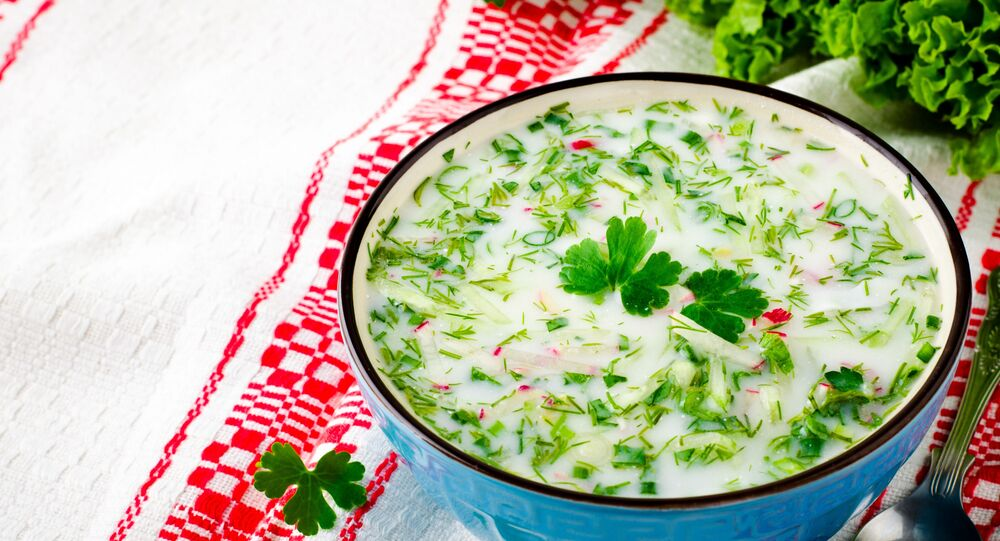 Rosyjska okroszka wegetariańska na kefirze