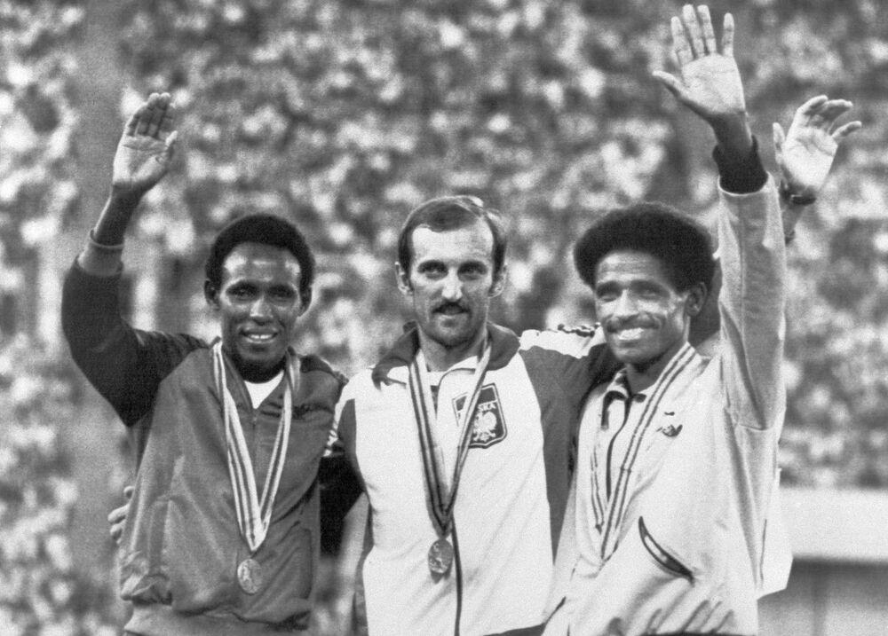 Zdobywca złotego medalu w biegu na 3000 metrów z przeszkodami Igrzysk Olimpijskich w Moskwie Bronisław Malinowski