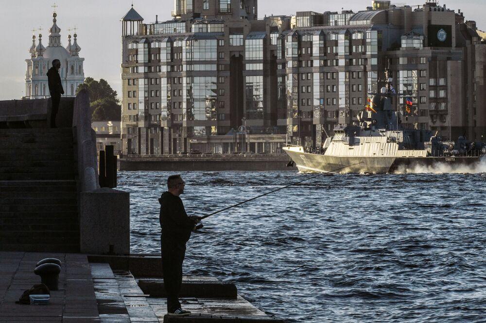 Próba parady z okazji Dnia Marynarki Wojennej Rosji w Petersburgu