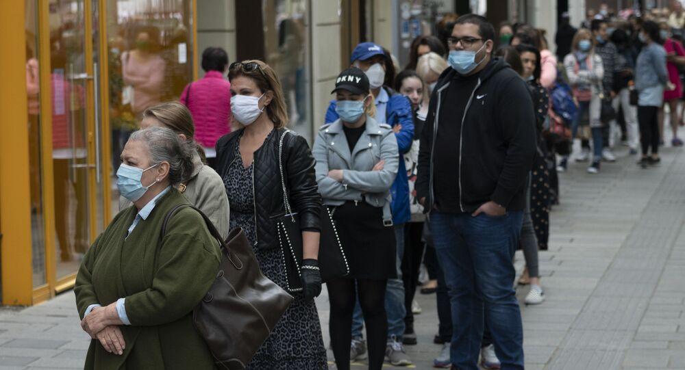 Ludzie w maskach, Wiedeń