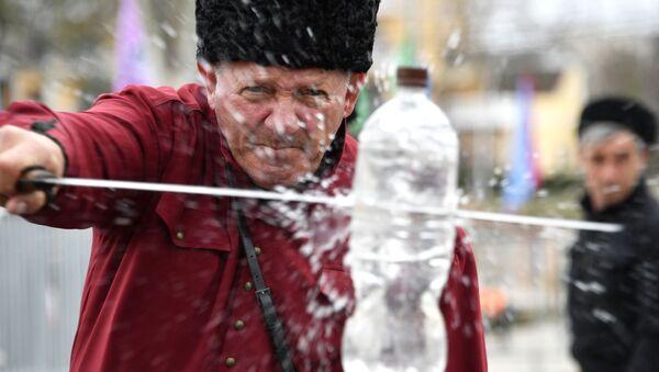 Występ zespołu kozackiego na obchodach 5-lecia połączenia Krymu z Rosją - Sputnik Polska