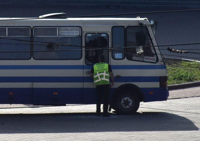 Policjant, który cudem uniknął zastrzelenia przez terrorystę w Łucku