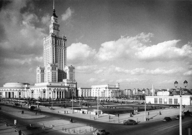 Pałac Kultury i Nauki w Warszawie, 1957 r.