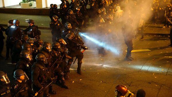 Protesty w Portland - Sputnik Polska